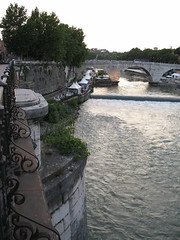 Down on the  river (venana) Tags: rome roma rim bestspaghettiever