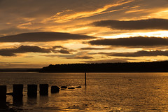 Findhorn Bay (Superali007) Tags: sunset canon gold golden scotland scenic scottish sunsetting findhorn canon7d efs1585mmf3556isusm efs1585mm