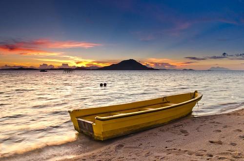 Yellow Boat at Kanawa Island