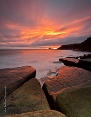 Old Hartley Sunrise (photo_aja) Tags: sunrise rocks stmaryslighthouse oldhartley sescape
