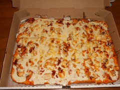 Chicken Bacon & Ranch (Mr. Ducke) Tags: chicken bacon pizza ranchdressing cheddarcheese