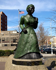 Harriet Tubman Sculpture, Harlem, New York City (jag9889) Tags: city nyc sculpture ny newyork square harlem manhattan 20 tubman undergroundrailroad banknote 20bill harriettubman twentydollarbill 2011 y2011 jag9889