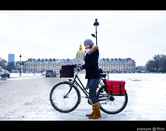 Snow In Paris 2013 (Popeyee) Tags: pictures street city winter urban en white snow paris france cold beautiful french photography march mar photo europe gallery european foto photographer photographie image photos capital picture freezing images photograph fotos snowing bild francia 2013