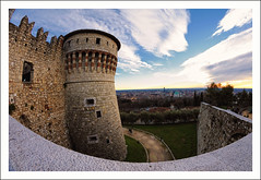 Senza titolo 46 (Outlaw Pete 65) Tags: sky tower castle landscapes italia colours torre stones pietre cielo walls mura 8mm fortress colori castello paesaggi brescia lombardia lamiacitt fortezza myhometown occhiodipesce mygearandme d300ssamyang fisheyenikond300snikon