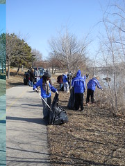 "Spring 2013 Morning of Service 5 • <a style=""font-size:0.8em;"" href=""http://www.flickr.com/photos/52852784@N02/8589589402/"" target=""_blank"">View on Flickr</a>"