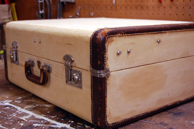 old-wood-suitcase
