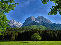 Alpine Panorama - have a great weekend, my friends! (W_von_S) Tags: alpen alpenblick alpinepanorama alpenpanorama alps alpine berge mountains landscape landschaft panorama paysage paesaggio light idyllic idyllisch alpspitze waxenstein sony wvons werner outdoor grainau bayern bavaria 2016