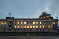 Bode-Museum (Alexander Rentsch) Tags: canoneos5dmarkiii canontse17mmf4l germany deutschland berlin mitte museumsinsel bodemuseum spree architecture architektur urban city vintage retro colors colours farben wideangle tiltshift vscofilm