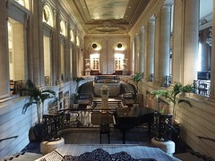 20160821_130551762_iOS (Drew Z) Tags: hilton chicago hotel lobby explore