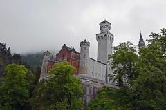 Fog over Neuschwanstein (Rosmarie Wirz) Tags: neuschwanstein castle germany famousplace bavaria