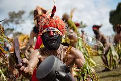 Goroka Show 21 (travelationship) Tags: travel travelationship travelphotography papuanewguinea png gorokashow goroka easternhighlandsprovince singsing tribe culturalshow