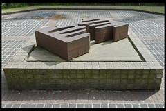 amsterdam vijfstromenland 01 1981 visser c (linnaeusstr) (Klaas5) Tags: holland dutch paysbas netherlands niederlande picturebyklaasvermaas nederland art artwork kunst kunstwerk sculptuur sculpture plastiek publicart contemporaryart