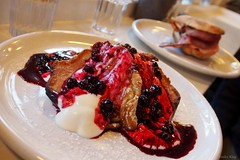 American pancakes with yougurt and berry sauce (PA275610_m_F) (Emiko and Daniel) Tags: food cafe olympus sweets pancake omd skelwithbridge em5 chestersbytheriver olympus1250mm