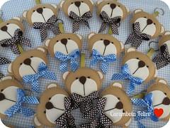 :D (carambola arte em feltro) Tags: lembrana batizado feltro aniversrio urso nascimento maternidade chaveiro lembranadematernidade ursoemfeltro laoperfeito