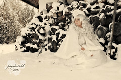 Snowprincess (Fotografie Berbel) Tags: winter snow photography photo costume snowprincess