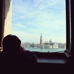 I ricordi al loro posto. Lontano. (    DavidO LestrangE    ) Tags: venice sea mare memories laguna fotografia venezia ricordi viaggio vacanza jeananouilh viaggiatore viaggiare viaggioavenezia davidemusardo venezia2011