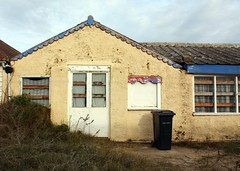 Seaside life, Camber Sands (melita_dennett) Tags: uk england house sussex seaside peeling paint decay east sands bungalow camber