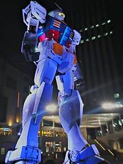 Gundam ! (shinnygogo) Tags: statue japan night outside outdoors tokyo robot geek machine nopeople superhero lightup 東京 odaiba freehand feb gundam hdr お台場 ガンダム nightimage photomatix 2013 flickrandroidapp:filter=none