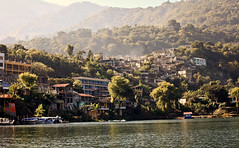 Welcome to San Juan La Laguna, a beautiful fishing village on Lago de Atitlan, Guatemala (eriktorner) Tags: lake boats fishing view maya guatemala sanjuan atitlan mayan sanpedro bt fairtrade centralamerica panajachel fiske sj sanpedrolalaguna sanjuanlalaguna centralamerika asociacionixoquiiajkemaa