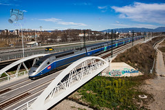 TGV en Sant Fost de Campsentelles (UT440 131M) Tags: barcelona test ex train canon tren photography eos photo spain europa europe mark sigma railway zug grand run catalonia ii 1d catalunya oriental alstom sant trainspotting spotting tgv dg sncf fost nationale ferrocarril aleix pruebas trainspotter lav alco espanya 247028 catalogne valls lnea spotter altavelocidad defer tgvduplex 736 corts adif ffcc administrador societ ferroviarias canonistas dasye ferrocat barcelonafigueres train deinfraestructuras deschemins vitsse decampsentelles