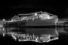 [AA0372]* 2013/02/16_001 (sdb66) Tags: sea bw water night mare ship outdoor greece nave grecia nikond200 patrasso acaya nikkorafsdxvr18200mmf3556gifed rawnef greciaoccidentale