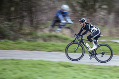 ELV1622k13 winter series-15.jpg (Steve Mahon) Tags: road bridge red london hill racing pch cycle hog crit maldon elv winterseries hoghill 16thfeb2013