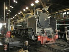 SRT 953 Thonburi (Barang Shkoot) Tags: narrowgauge srt steamlocomotive thonburi rsr rotfai asialatefeb22013