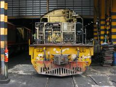 4120 (Barang Shkoot) Tags: narrowgauge 4120 rotfai thailocomotive locomotivemaintenance asialatefeb22013 thonburished