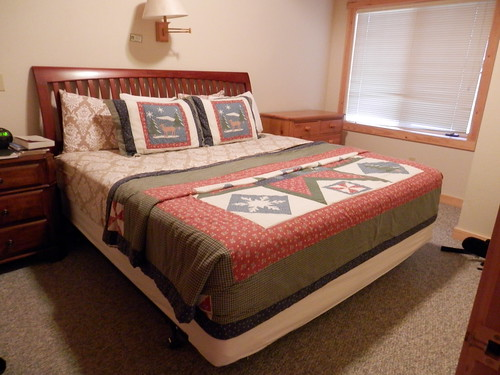 bed cabin furniture objects