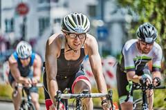 1. Tbinger City Triathlon - III (David Klumpp) Tags: tbingen deutschland drausen outdoor citytriathlon triathlon radsport fahrrad germany sportsphotography sportfotografie mitzieher wiese mittelstreifen helm rennrad bike nikon d600 sigma70200