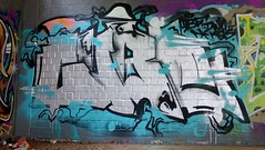 Oldenburg - (street: Melkbrink) 47th picture / Graffiti, street art (tusuwe.groeber) Tags: projekt project lovelycity graffiti germany lowersaxony oldenburg streetartstreetart niedersachsen farbig farben favorit colourful colour sony sonyphotographing nex7 bunt red rot art gebude building gelb grn green yellow abs psk lager lagerhalle hall halle melkbrink