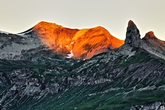 red rocks (yves_matiegka) Tags: alps sunrise mountains switzerland schilthorn lauterbrunnen wengen