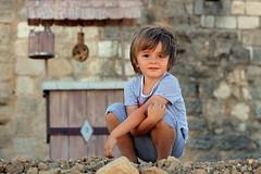 Esteban (Jolivillage) Tags: jolivillage portrait garon boy ragazzo fontcalvy ouveillan aude languedoc languedocroussillon occitanie france europe europa geotagged