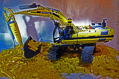LEGO Technic 8043 Motorized remote control Excavator (quart71) Tags: lego technic remotecontrol motorized excavator 2013 8043 nikond3100