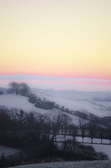 Snow, Lewesdon, Stoke Abbott. Dorset (Helen @ Heart Of Glass) Tags: winter snow sunrise nikon hill lewesdon 55200mm nikond7000