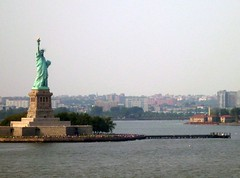 The Statue of Liberty (jurassicjay) Tags: travel usa newyork statue america northamerica statueofliberty libertyisland