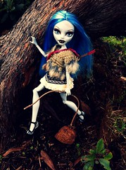 tiKity~tOk's DNTM MHO Week 5: African Beauties (AcornBunny) Tags: monster high doll mattel mho dntm ghoulia acornbunny