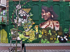 De La Reyweg Project (Akbar Sim) Tags: streetart holland graffiti ominous denhaag thehague 6of7 vandestraat kbtr bustart oxalien staedion akbarsimonse delareyweg haagsgraffitiplatform akbarsim
