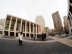 Models at Lincoln Center (Ivan Mauricio Agudelo) Tags: plaza model center modelaje fotografos posar plazt