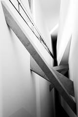 Mezzi di comunicazione diagonale (luce_eee) Tags: bw berlin lines museum architecture workshop l architettura daniellibeskind jüdischesmuseum berlino jüdisches 42mm fotografiadiarchitettura