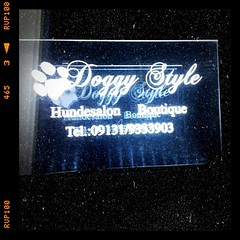 Shop Logo (Tine B) Tags: shop store funny name laden hund boutique doggystyle hundesalon shopname wrongname lomogram funnystorename