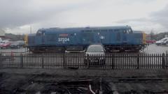 37324 Clydebridge in Toddington car park (Chris Leigh) Tags: uk railroad train diesel engine rail railway gloucestershire steam winchcombe british locomotive warwickshire preservation gwr dmu toddington gwsr