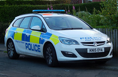 KN15OYA (Cobalt271) Tags: kn15oya northumbria police vauxhall astra 16 cdti sports tourer response vehicle proud to protect livery