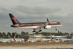 Trump N757AF (Hull AeroImages) Tags: boeing boeing757 757200 7572j4 752 n757af trump donaldtrump election2016 kpae painefield