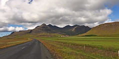 Iceland landscape (vic_206) Tags: clouds landscape iceland islandia canoneos60d tokina1116f28 mountains