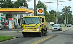Ever Brite Inc. Sweeper (slash521) Tags: everbriteinc streetsweeper andoverohio isuzu shellgasstation