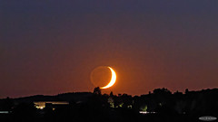 Moonset with Earthshine (AstroGuiGeek) Tags: crescentmoon croissantdelune lune moon dusk coucherdesoleil sunset astroguigeek astronomie astronomy astrophotography astrophotographie astro astro2016 franceastronomie space espace summer nuitdestoiles nuitsdestoiles nde nde2016 canoneos600d canonphotography eos600d t3i 600d rebelt3i ciel cieldenuit cieltoil night nightphotography nightscape sky skyatnight skyscape stars starrysky starrynight