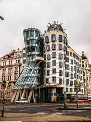 Dancing House in Prague (Halibel14) Tags: dancinghouse prague czechrepublic building europe olympus pen epl1 panasonic lumix