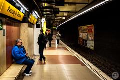 Metro Barcelona 5 (mrfloyd987) Tags: barcelona street station spain nikon metro rail trains vale espana rails catalunya metropolitana barcellona spagna reportage parada ferrovia binari treni d5000 ferrocarrilles barcelonaexperience