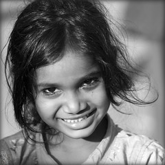 India. Rameswaram, little princess.. (lalie sorbet) Tags: portrait people blackandwhite india girl face canon square child noiretblanc enfant fille tamilnadu rameswaram visage inde carr eos60d mygearandme laliesorbet